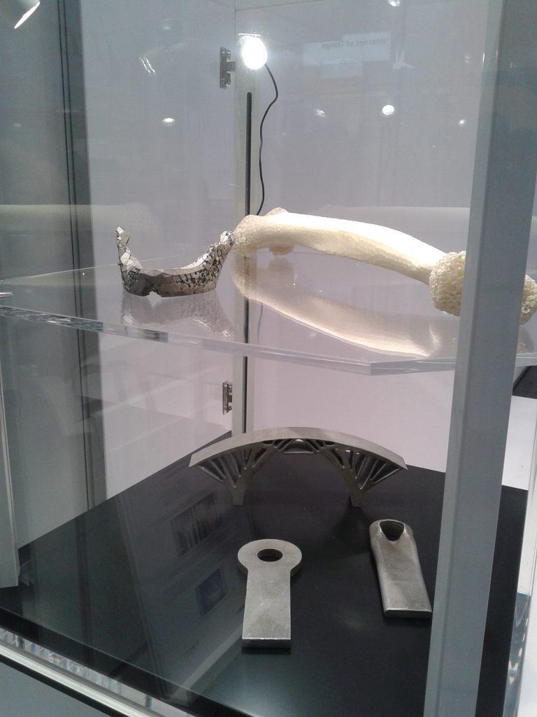 Das Foto zeigt einen nachgebildeten Knochen.
